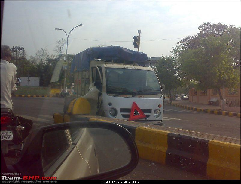 Pics: Accidents in India-270320101193.jpg