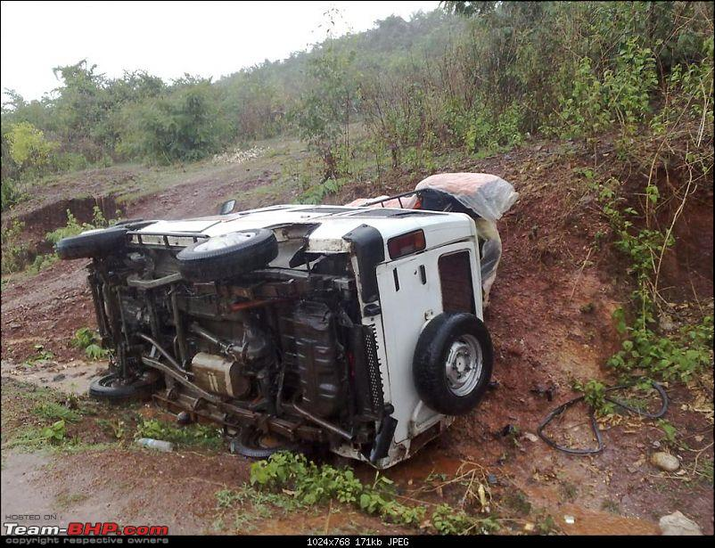 Pics: Accidents in India-10062010012.jpg