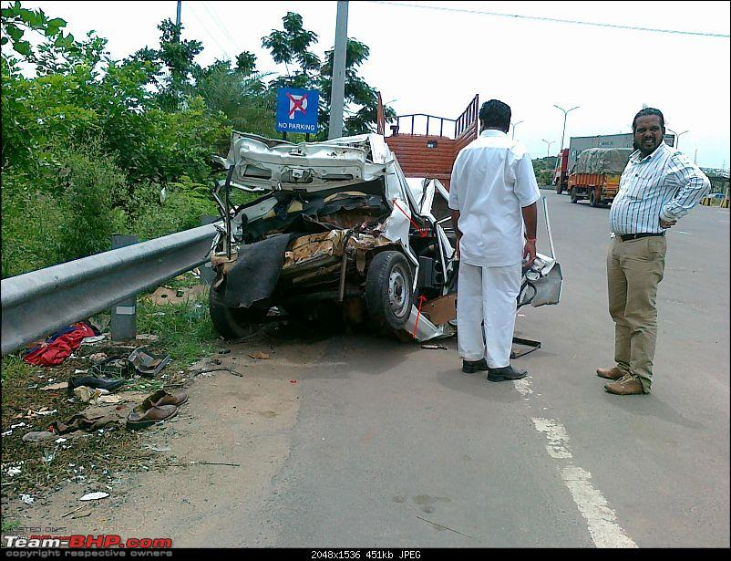 Pics: Accidents in India-05082010039.jpg