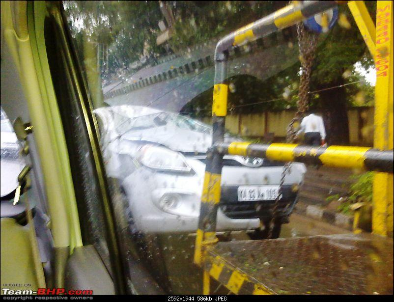 Pics: Accidents in India-26082010071.jpg