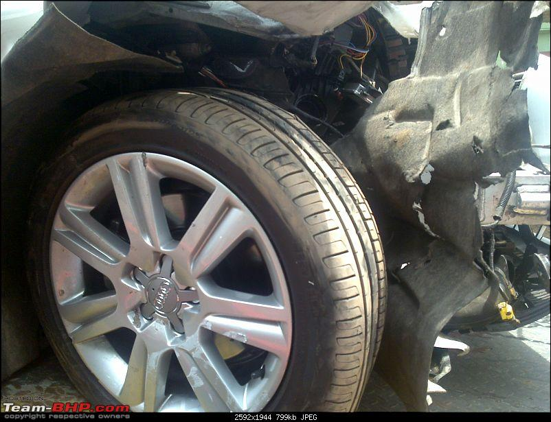 Pics: Accidents in India-03092010098.jpg