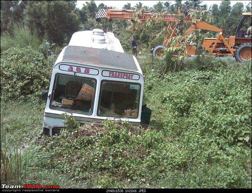 Pics: Accidents in India-lorry-5.jpg