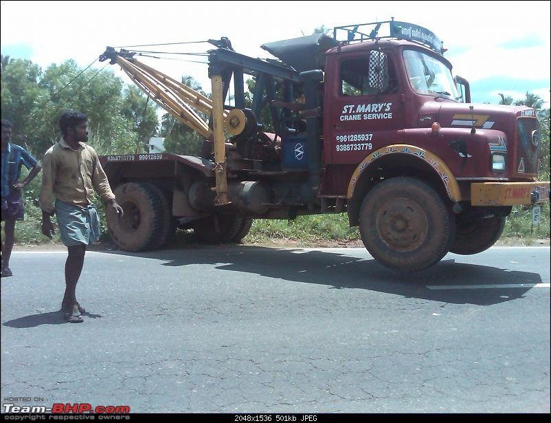 Pics: Accidents in India-lorry-6.jpg