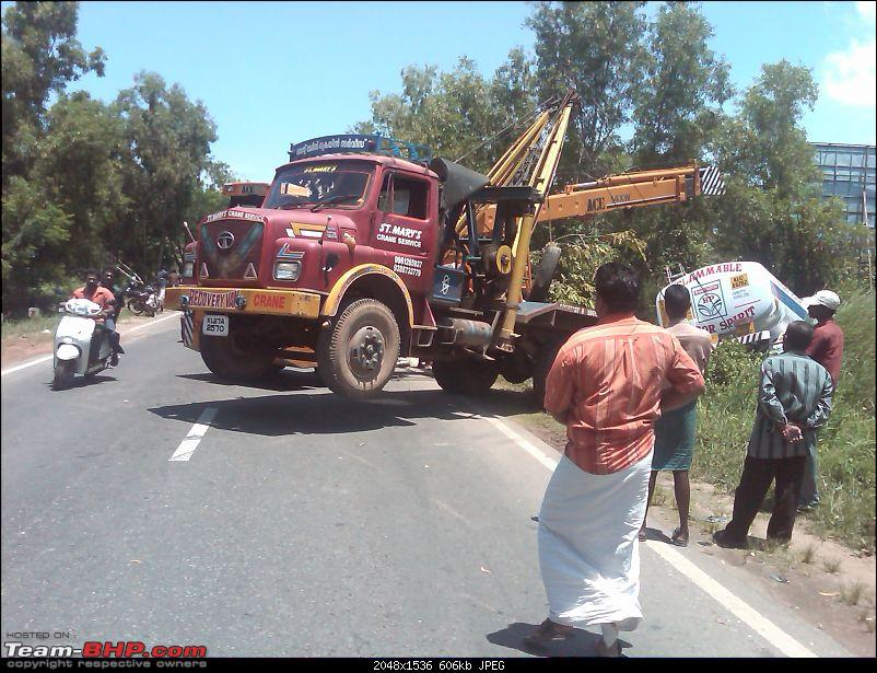 Pics: Accidents in India-lorry-7.jpg