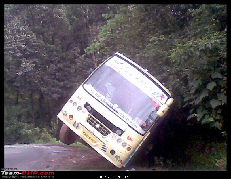 Pics: Accidents in India-13092010047.jpg
