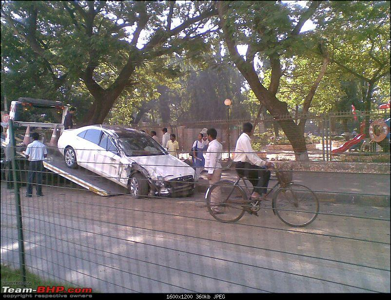 Pics: Accidents in India-19122010.jpg
