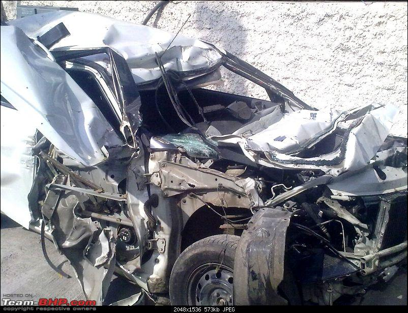 Pics: Accidents in India-11122010011.jpg