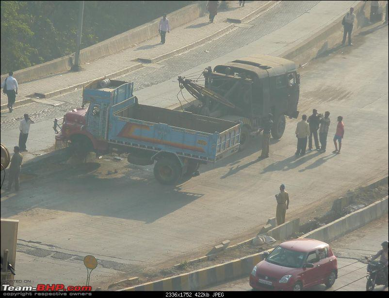 Pics: Accidents in India-p105010880.2.jpg