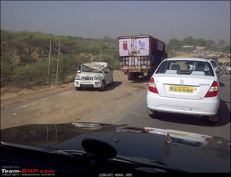 Pics: Accidents in India-img2011042000108resized.jpg