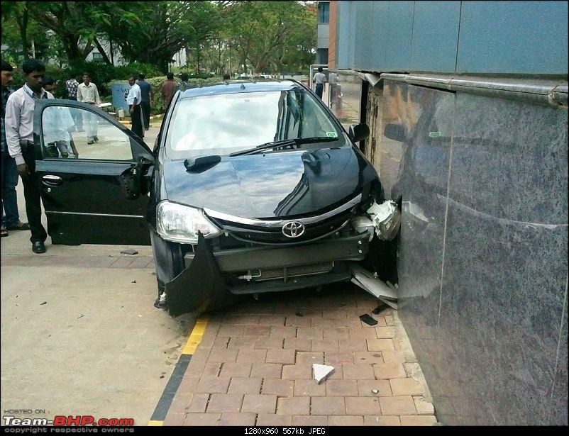 Pics: Accidents in India-crash03.jpg
