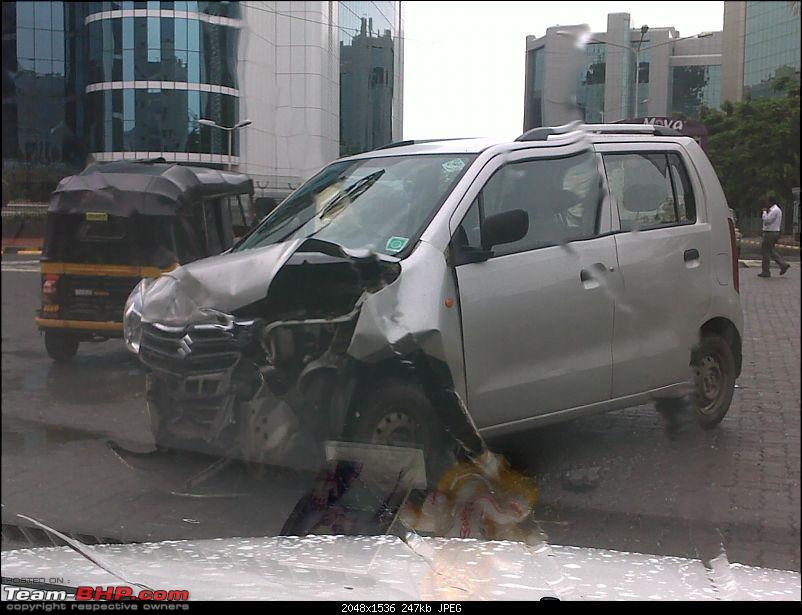 Pics: Accidents in India-09072011447.jpg