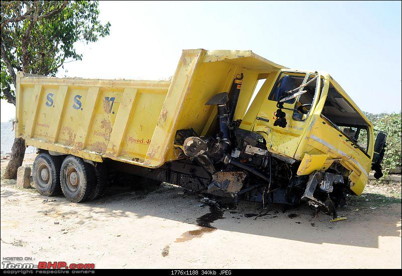 Pics: Accidents in India-dky201111160100.jpg