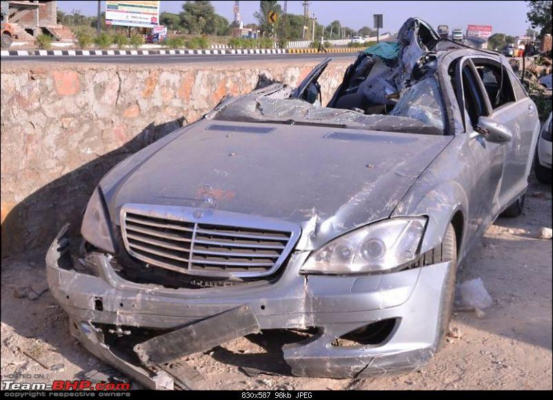 Mercedes S-Class Accident : Owner dead, Airbag doesn't activate and Court orders FIR-merc-s-class.jpg