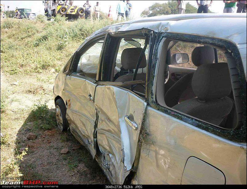 Toyota Fortuner crashes, Air bags did not deploy *EDIT* Another similar case Pg.7-p1020465.jpg
