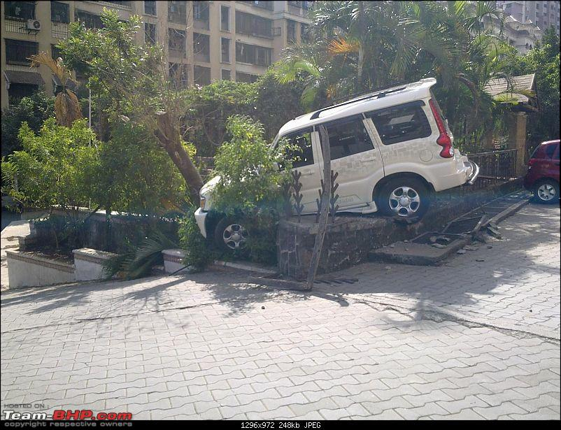 Pics: Accidents in India-180120121228.jpg
