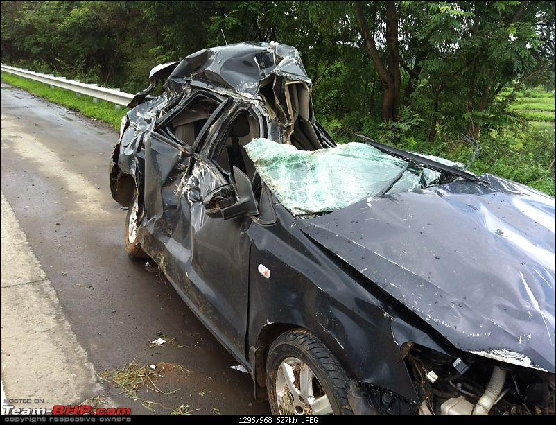 God saved me on the Mumbai-Pune Expressway (in a VW Polo)-car-crash-2.jpg