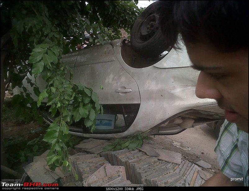 Pics: Accidents in India-img00532201208301435.jpg