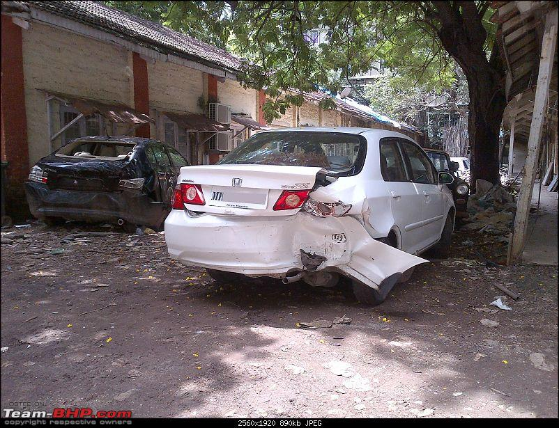 Pics: Accidents in India-img2012082600115.jpg