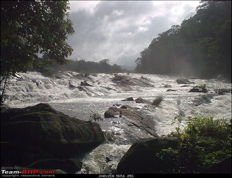 Athirapilly Waterfalls - Indian Niagra-image_139.jpg
