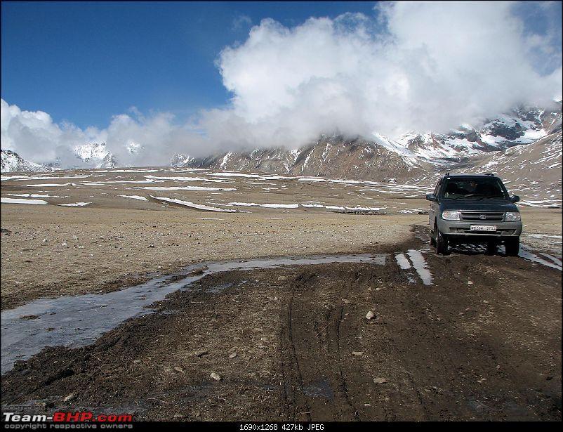 All Tata Safari Owners - Your SUV Pics here-img_1368e.jpg