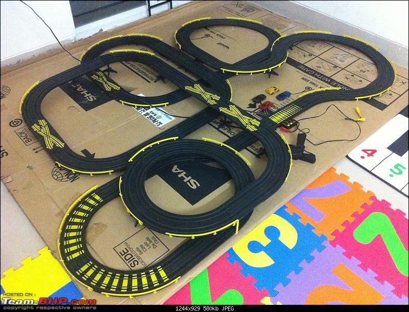 PICS: Slot Car Racing - Need for Speed-slot-car-set-top-view-2.jpg
