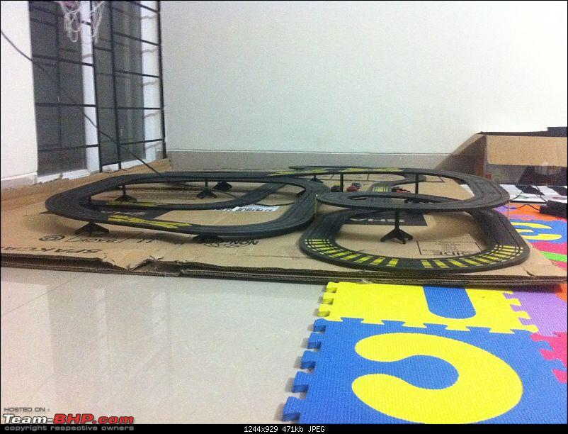 PICS: Slot Car Racing - Need for Speed-slot-car-set-side-view-2.jpg