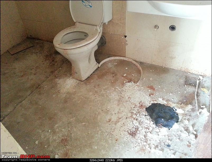 Did you ever get cheated by a builder while buying a house? Share tips & advice here-toilet-2.jpg
