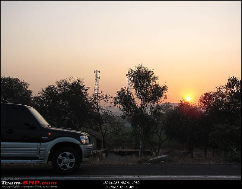 All T-BHP Scorpio Owners with Pics of their SUV-atdaybreak.jpg