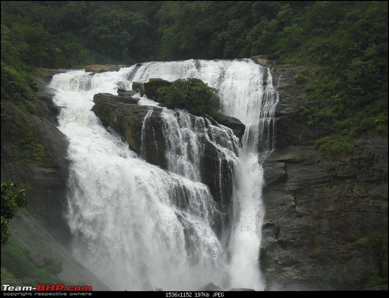 Post your personal Wallpapers here.-mallalli-falls.jpg