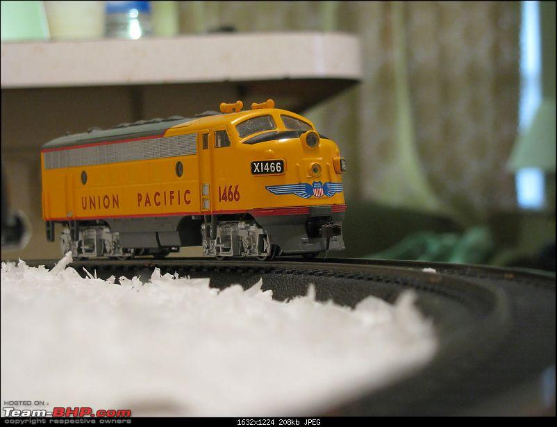The Model Railroad and Train Sets Thread-xmas5.jpg