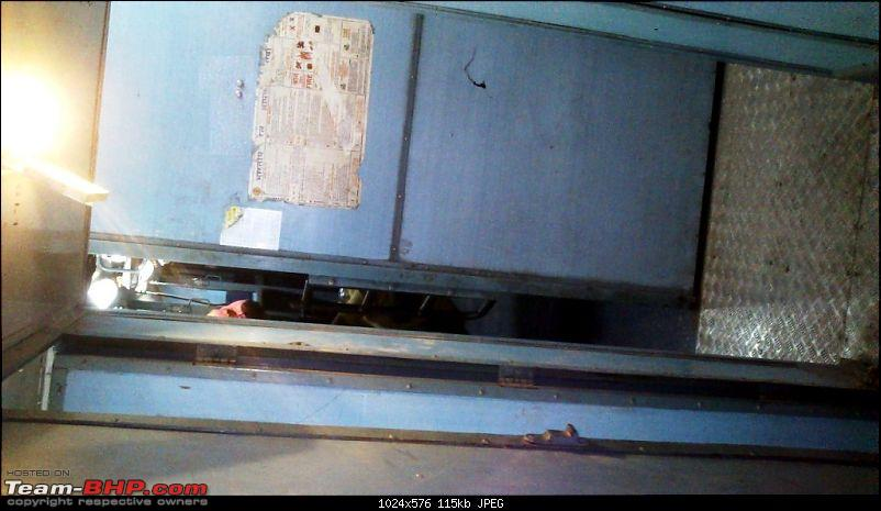 Pics: Punjab Mail (train) meets with a freak accident-x-14.jpg