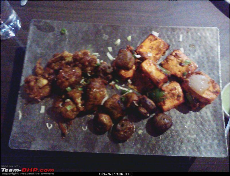 A Guide: Eating out in Hyderabad/Secunderabad/Cyberabad-veg-starters-3.jpg