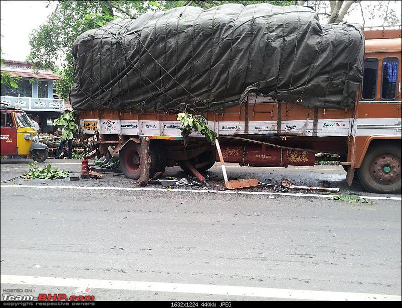 Pics: Accidents in India-xuv2.jpg