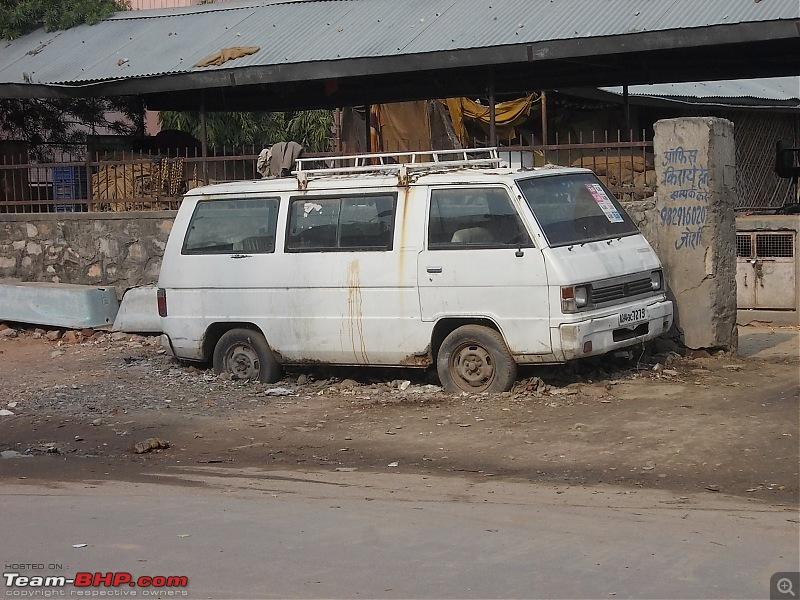 Newer Rotting Cars-02272014-jaipur-016.jpg