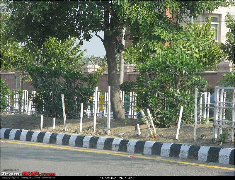 Theft of Public Property on Indian Roads-rail5.jpg