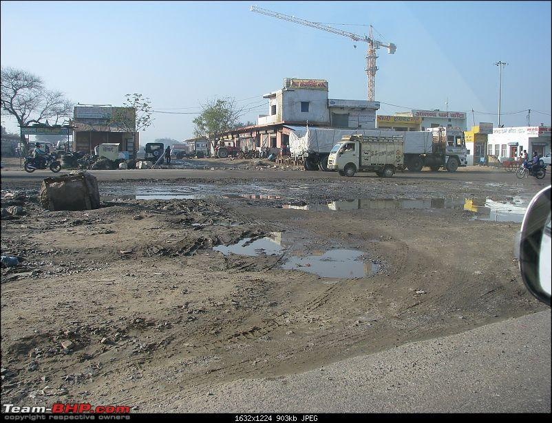 Deteriorating state of the NH8 & NH24-t20.jpg
