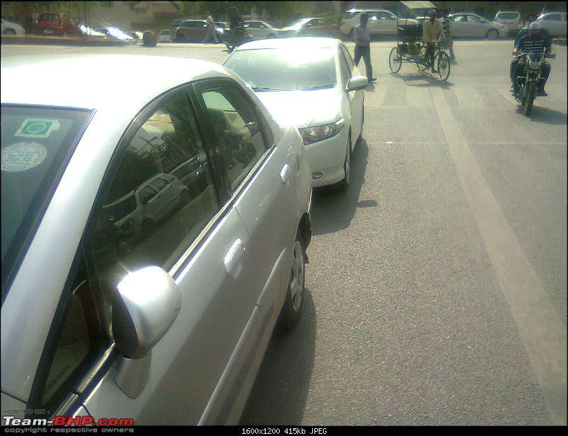 Street Parking: Obstructing traffic & reducing our driving space-photo0894.jpg
