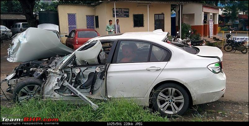 Pics: Accidents in India-bmw-5-accident.jpg