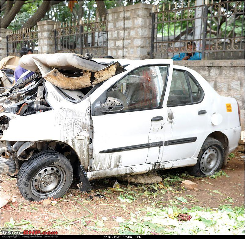 Pics: Accidents in India-car-4.jpg