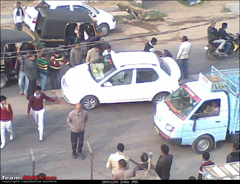 Pics: Accidents in India-28012015.jpg