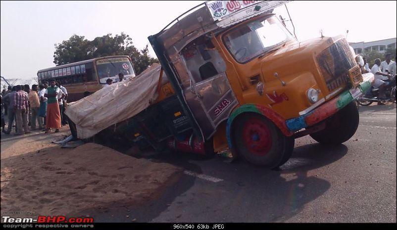 Pics: Accidents in India-3.jpg