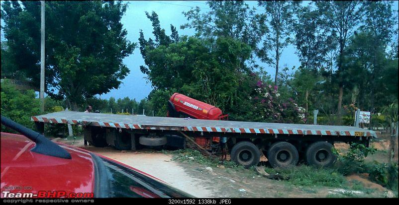 Pics: Accidents in India-img_20150512_1839382.jpg