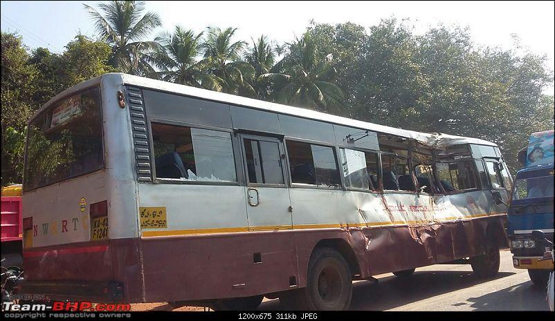 Pics: Accidents in India-bus2.jpg