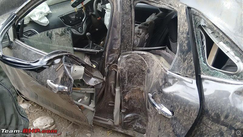 Pics: Accidents in India-425e7ee8832f4fc2a0647b8fd8466f9a.jpeg