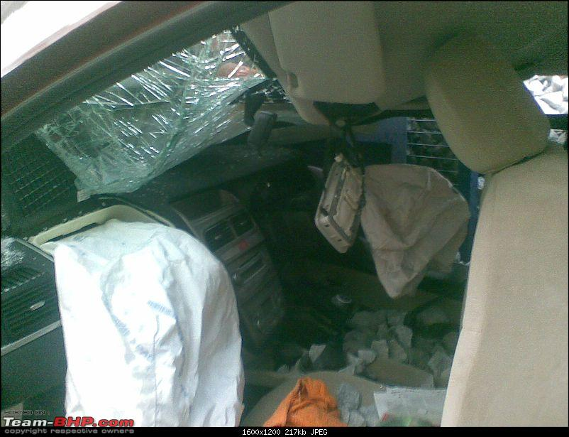 Pics: Accidents in India-21022009003.jpg