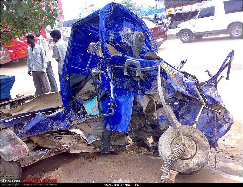 Bangalore outer ring road Kadubeesnahalli junction horrific crash 19 Aug 2009-clip_image002.jpg