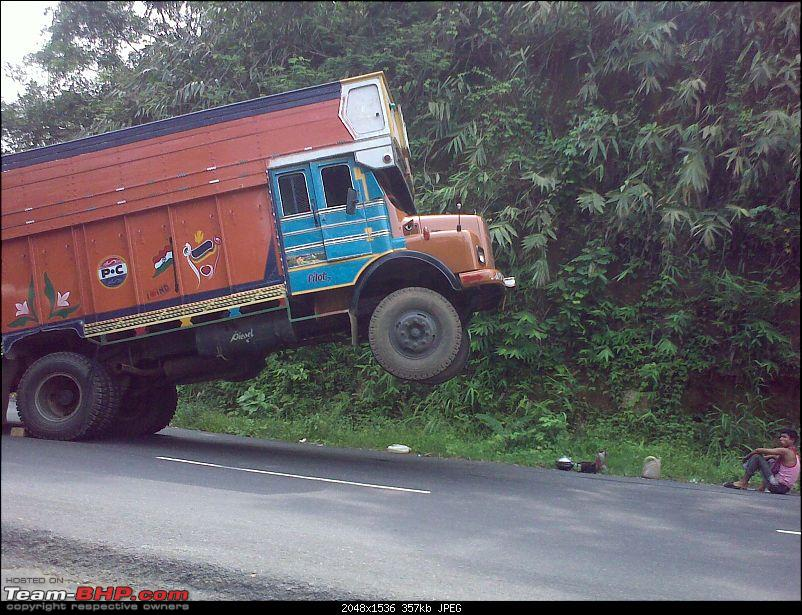 Pics: Accidents in India-15062009190.jpg