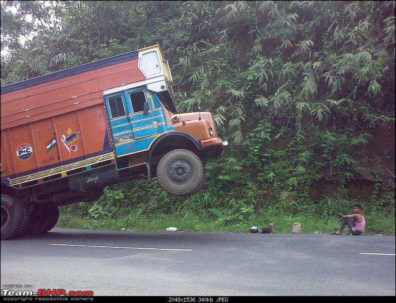 Pics: Accidents in India-15062009191.jpg
