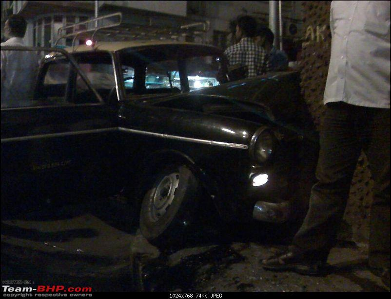 Experience with pics : Near fatal taxi-pedestrian accident on Peddar Road-moto_0600.jpg
