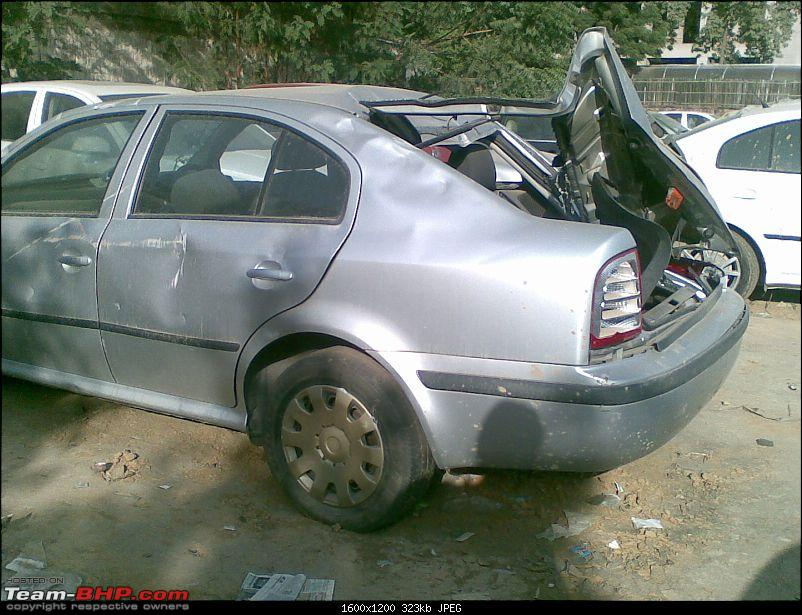 Pics: Accidents in India-11102009006.jpg